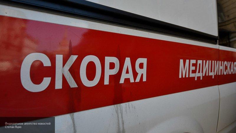 14-летняя девочка потеряла сознание по дороге в школу и умерла в больнице в Подмосковье