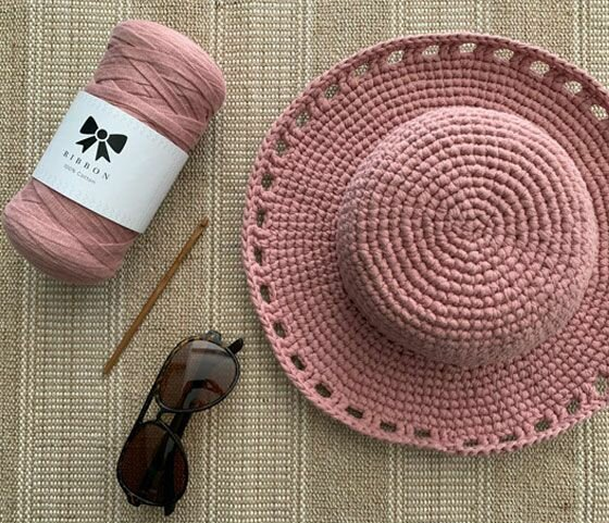 Летние шляпки, связанные крючком. 3 любопытных идеи со схемой вязания - стильно, красиво и просто