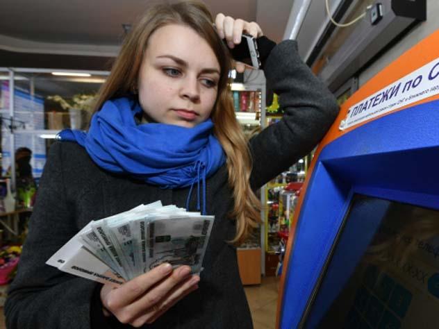 Крупных мобильных операторов наказали за высокие тарифы в роуминге