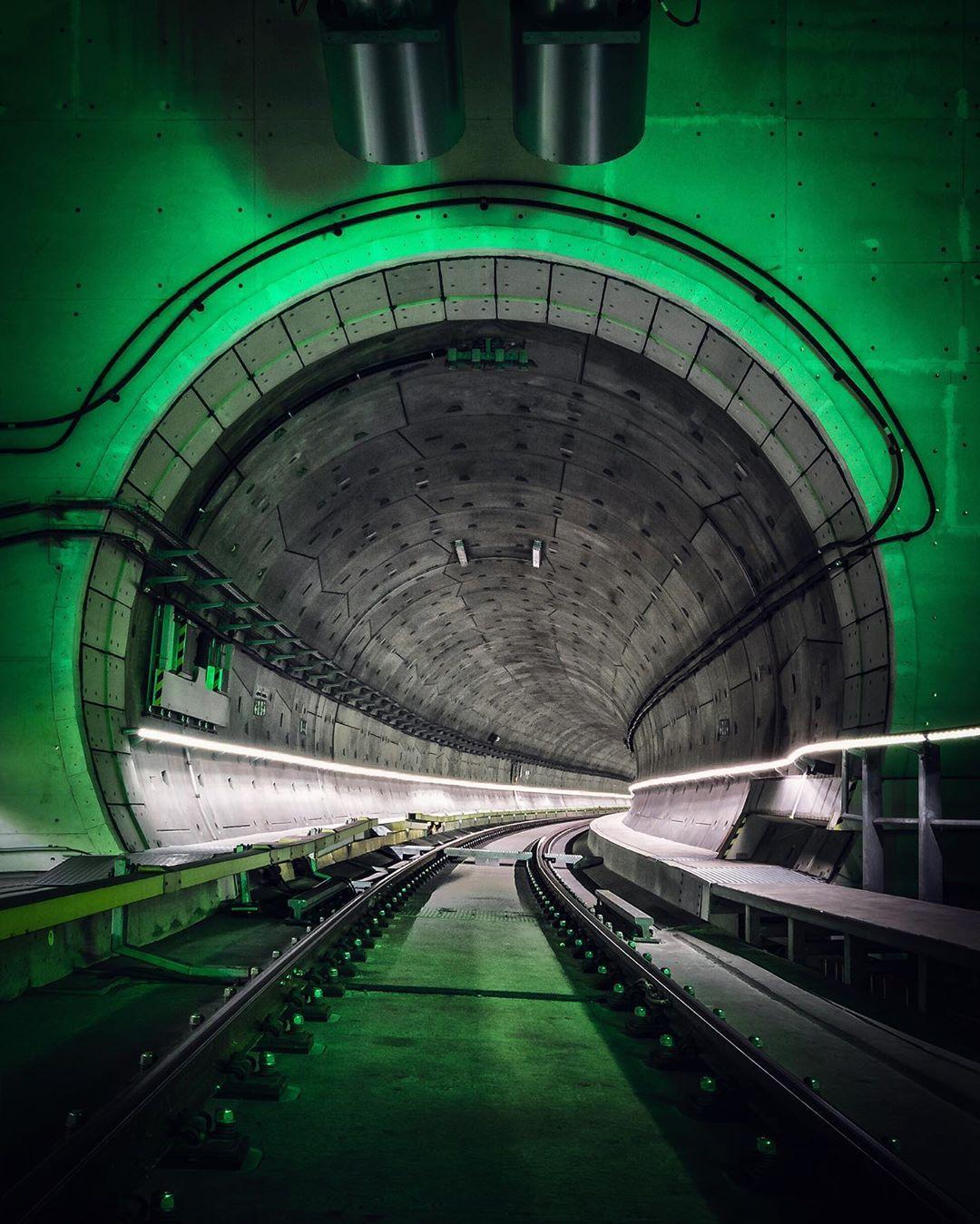«Тёмная сторона» городов на концептуальных снимках Йеруна ван Дама