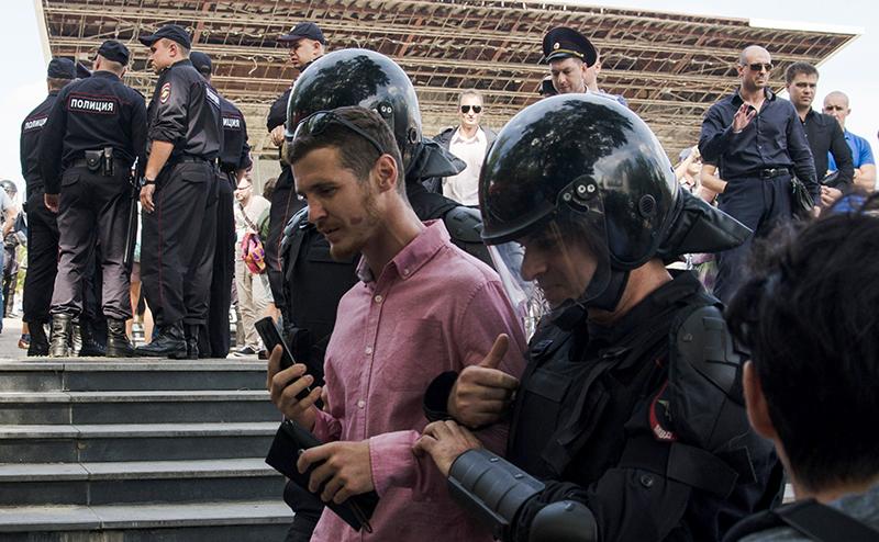 Произвол полиции на митинге …