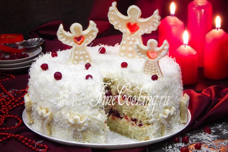 Торт кокосовый с клюквой