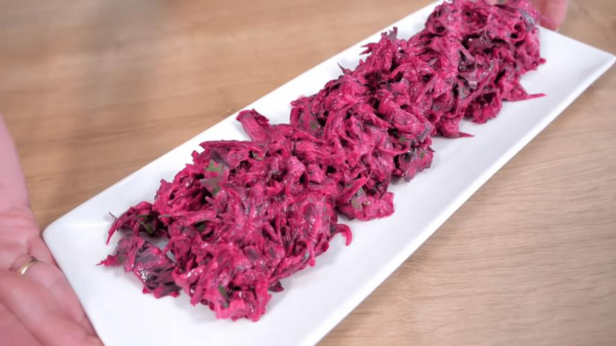 Быстрые и дешевые салаты со свеклой: вкусно, полезно и всегда кстати рецепты,салаты