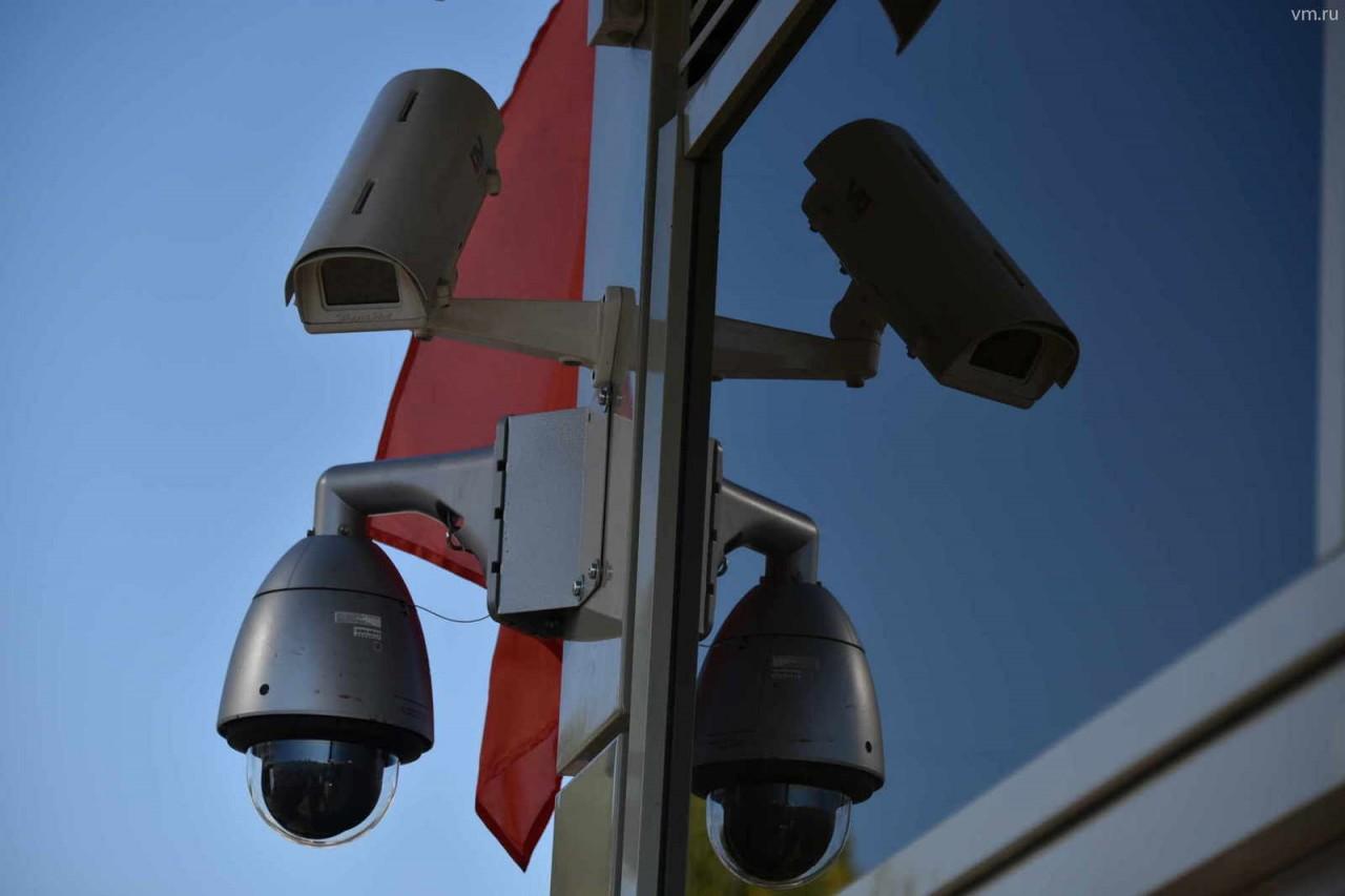 """Новые камеры: """"Стрит-фальконы"""" дадут водителям 10 секунд на остановку"""