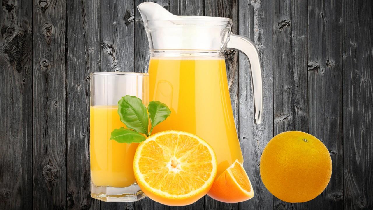 4 литра апельсинового сока, …