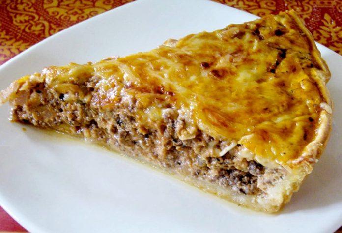 Пирог с мясом: сказать, что вкусно, — ничего не сказать
