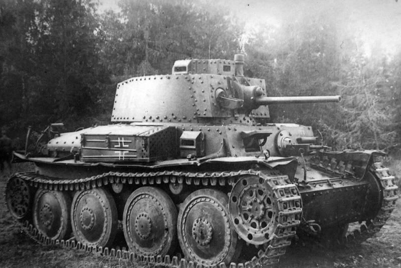 С пулемётом против танка. Советские инженеры о немецкой броне 1942 года оружие,танки