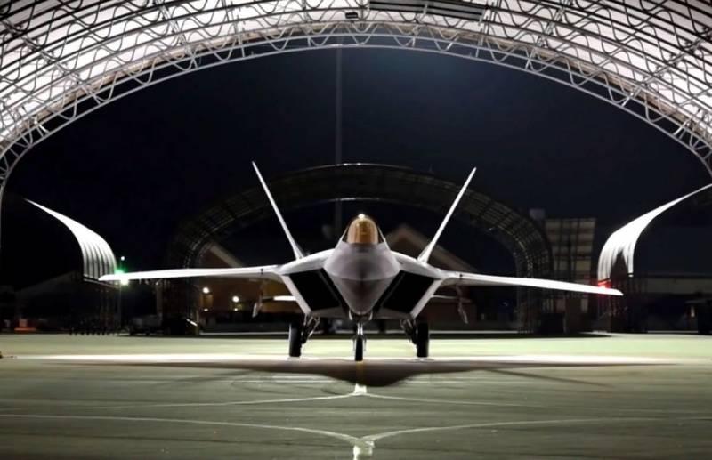 На вооружении ВВС США мог оказаться F-23: о конкуренции за право создавать истребитель 5 поколения