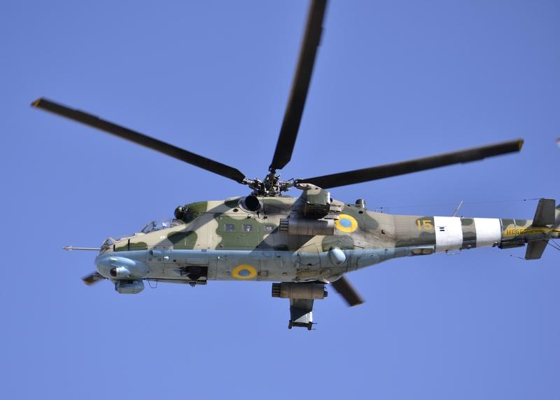 """Украинские Ми-24 в ходе боев оснащаются новым комплексом противодействия ПЗРК """"Адрос"""" КТ-01АВЕ"""
