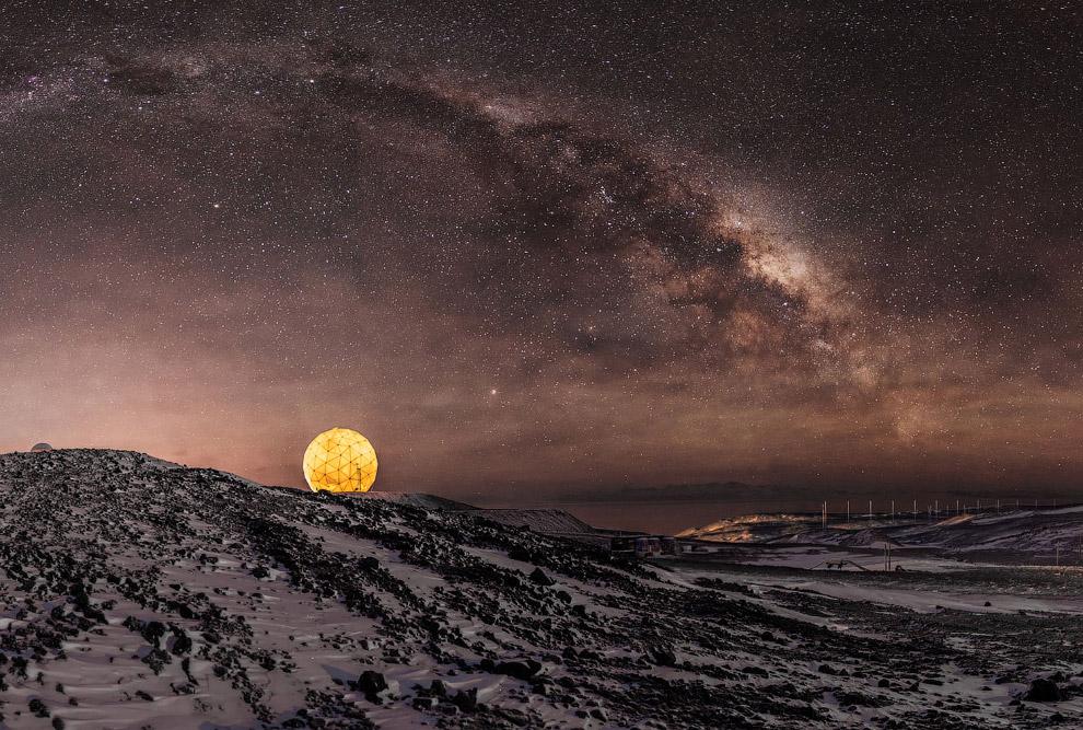 открытку картинка луна млечный путь пост