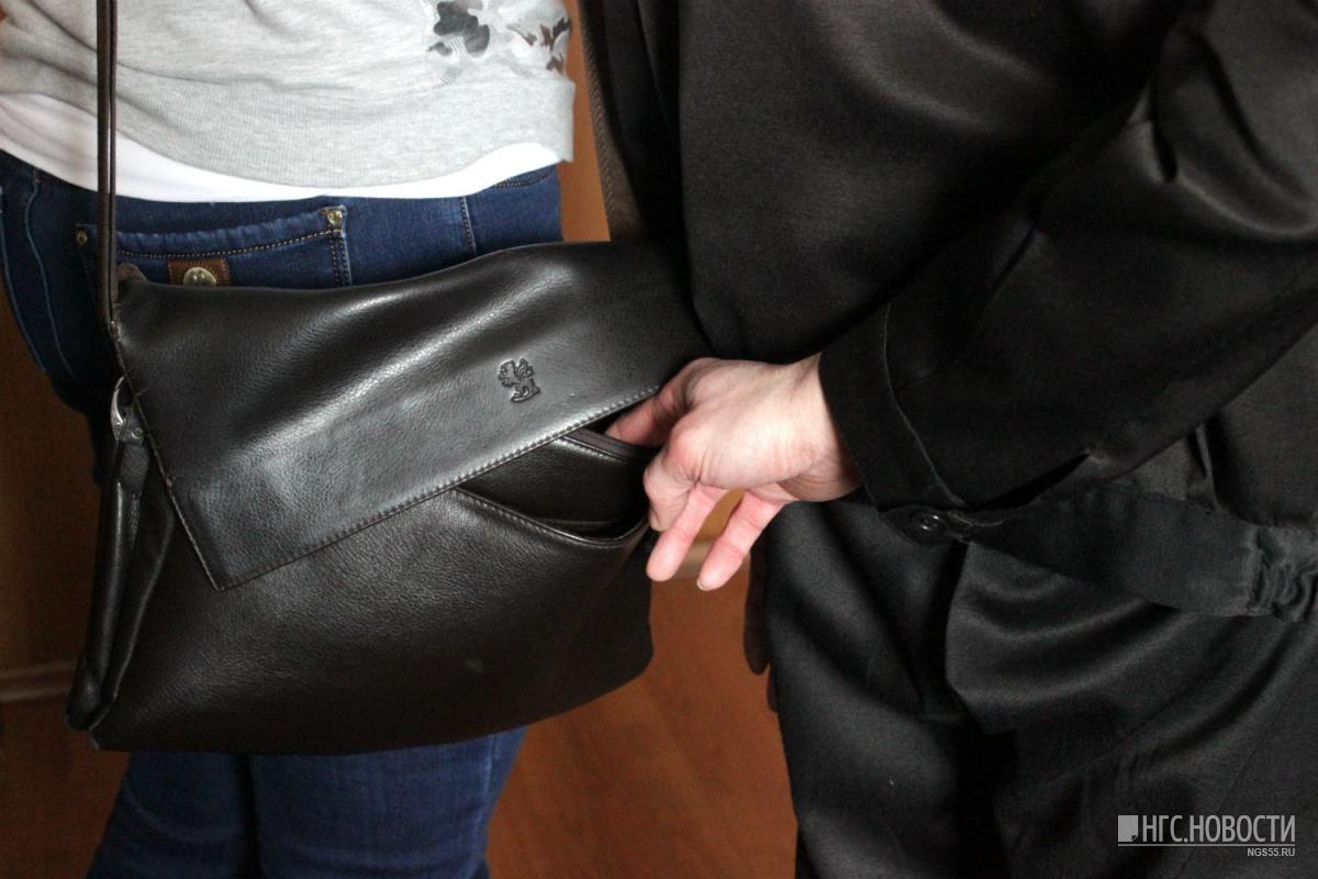 путешественникам испании, картинки кража из сумки коронавирусе борща