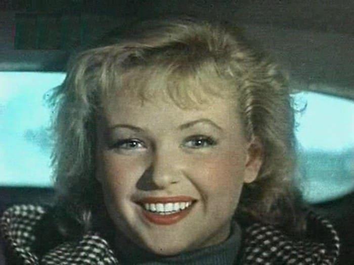 Кадр из фильма *Случай на шахте восемь*, 1957 | Фото: kino-teatr.ru