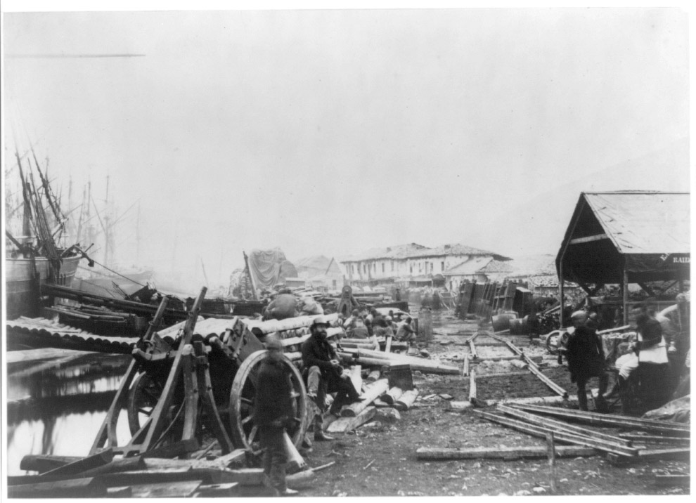 Стройка рядом с Балаклавской гаванью