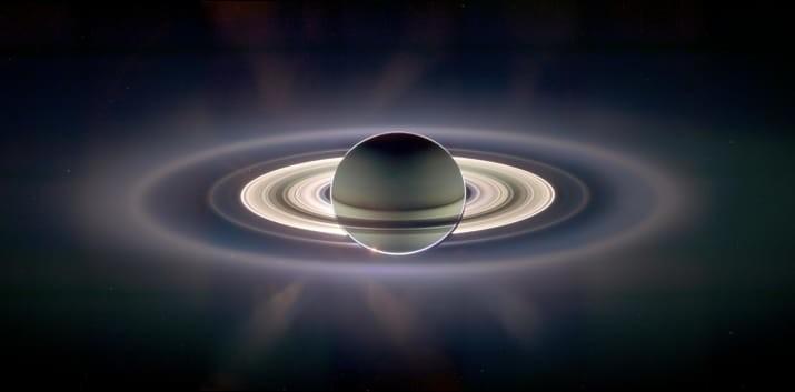Сатурн и его кольца, снятые в контровом свете ТУМАННОСТИ, звезды, космический телескоп, космос, необычно, планеты, снимки, фото