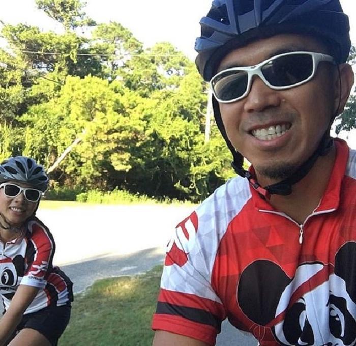 Парень пригласил девушку на велопрогулку. Когда он показал ей их маршрут на карте, девушка была удивлена