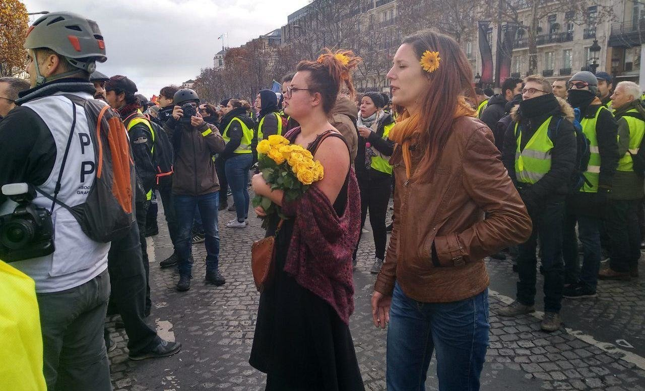 Во Франции продолжаются манифестации «желтых жилетов»