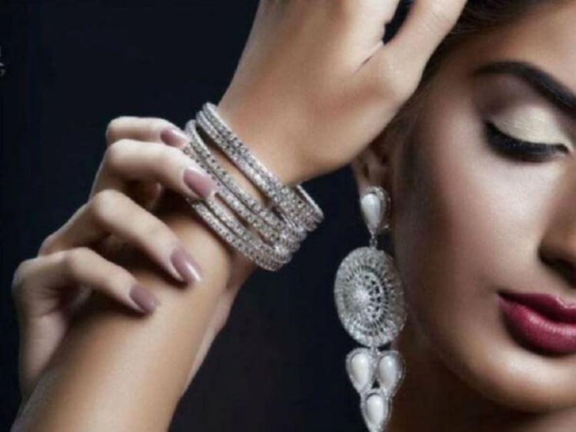 Причины, почему серебро чернеет