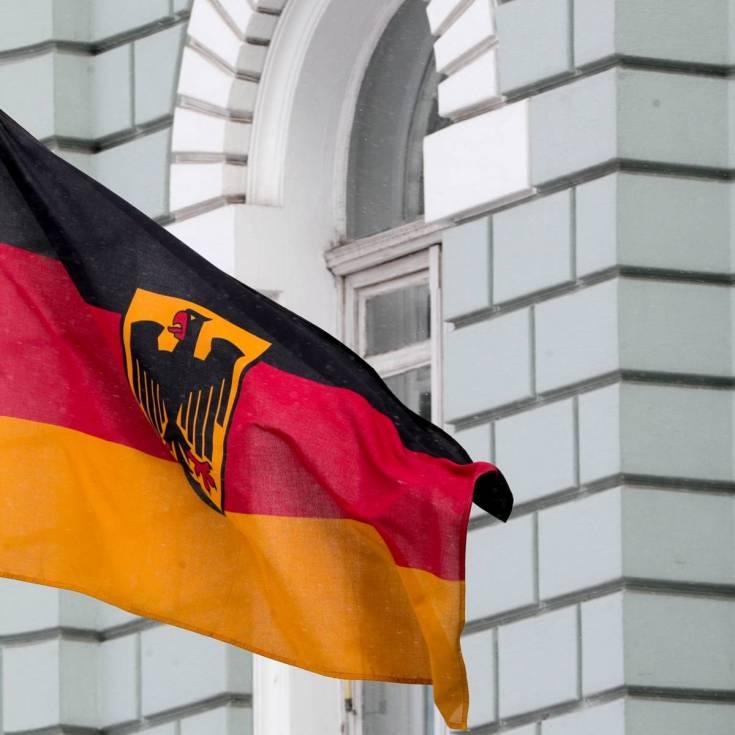В кабмине ФРГ заверили, что Меркель чувствует себя хорошо, несмотря на очередной приступ