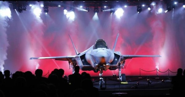 "Как С-400 ""сбил"" турецкий F-35"