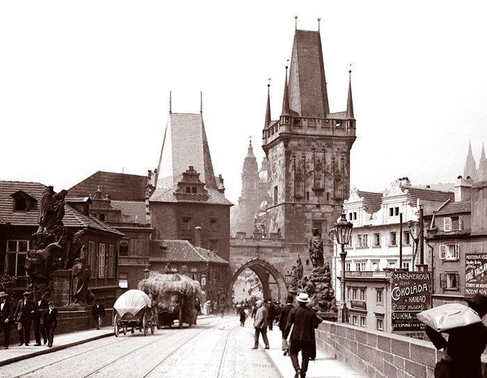 Карлов мост в Праге ХХ век, винтаж, восстановленные фотографии, европа, кусочки истории, путешествия, старые снимки, фото