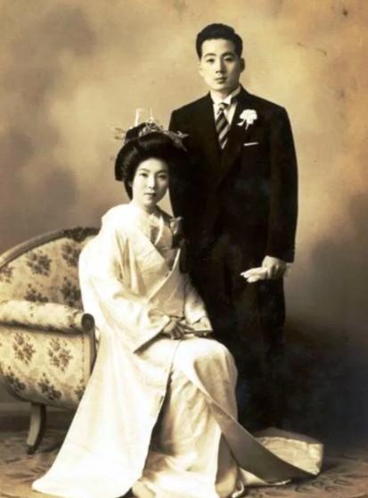 Бабушка легкого поведения: японка начала сниматься в порно в 81 год