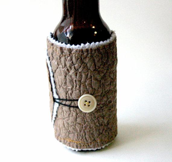 Бутылка папа Coozy сделаны из переработанных пластиковых пакетов