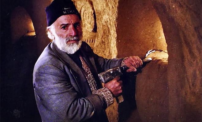 Мужчина каждый день копал в подвале. Через 23 года выяснилось, что он создал подземелье в 7 этажей