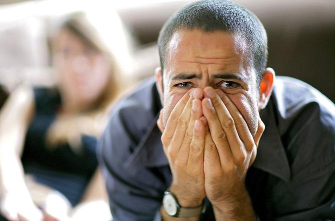 6 симптомов психических заболеваний, которые окружающие принимают за капризы