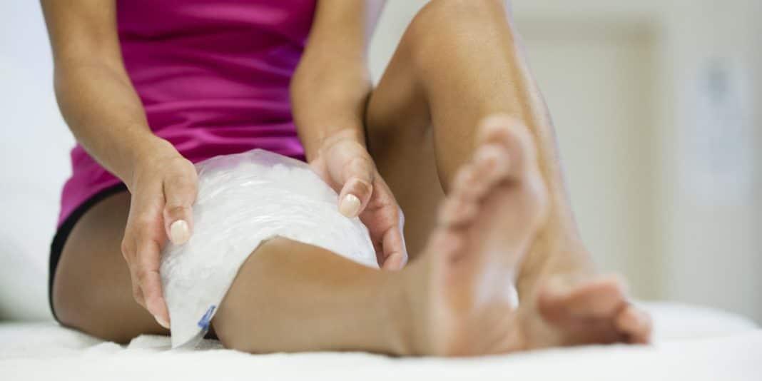 гематома на ноге после удара лечение