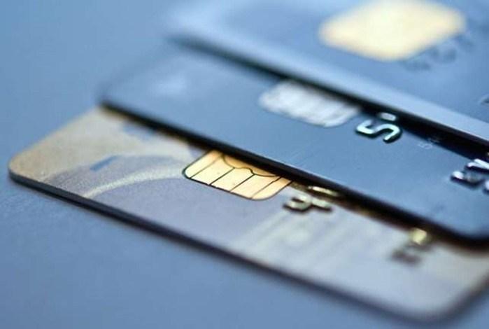 Для чего нужна детская банковская карта