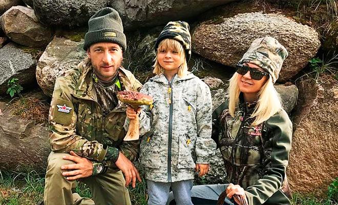 Как звезды путешествуют по России: Рудковская и Плющенко стали грибниками, Валерия и Пригожин оседлали скакунов