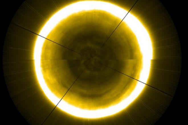 Как выглядит северный полюс на Солнце