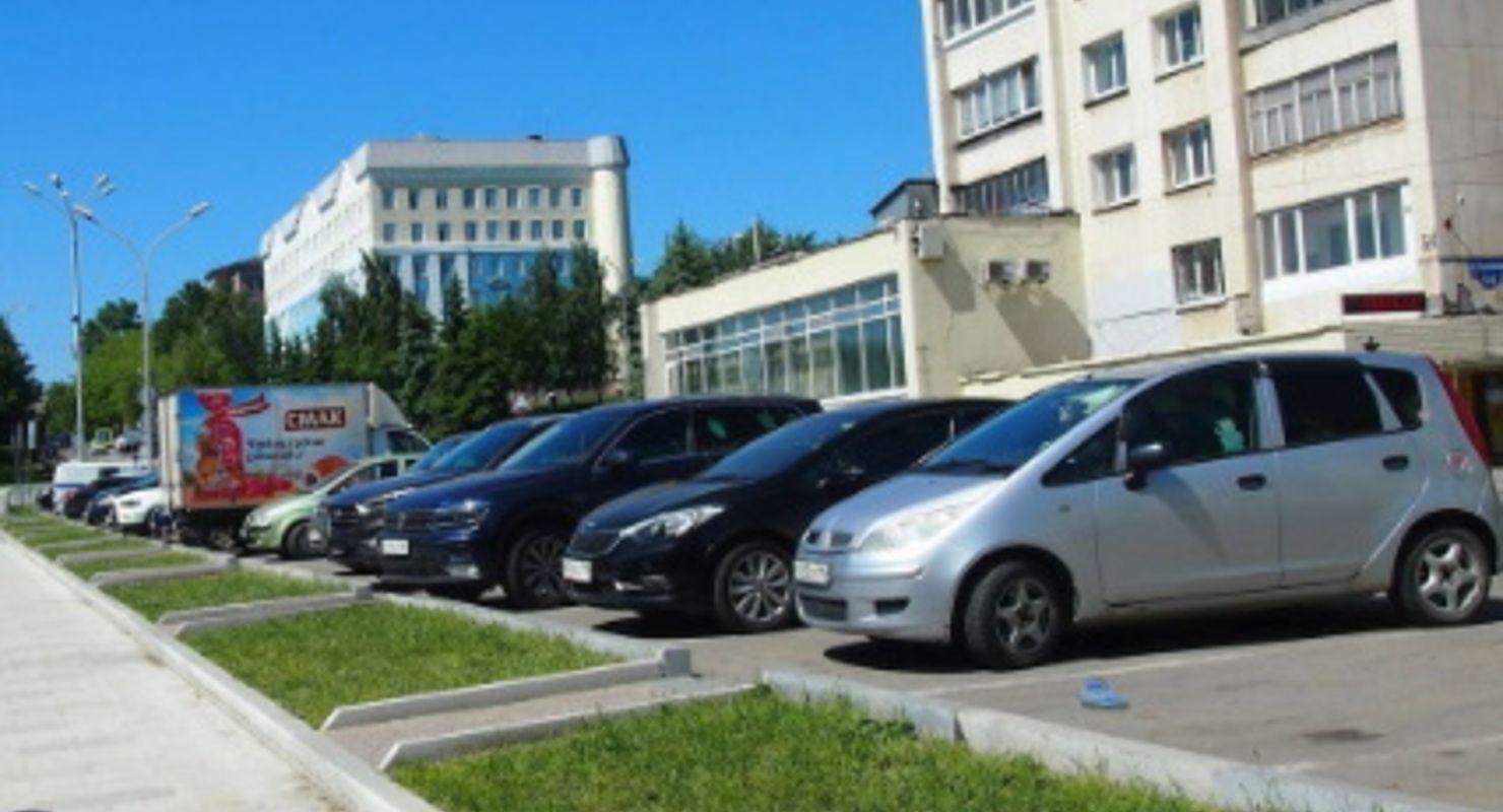 В 2020 году в Москве за парковку без номеров были эвакуированы более 2 тыс. автомобилей Автомобили