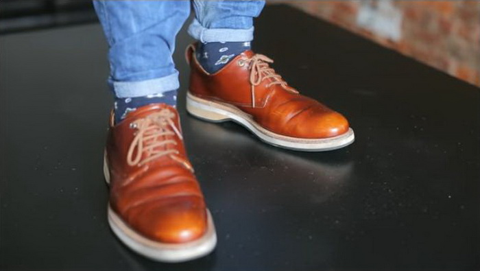 Искусство подкатов: как подвернуть джинсы, чтобы не выглядеть пугалом джинсы