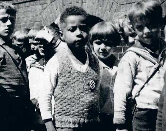 Во времена правления Гитлера…