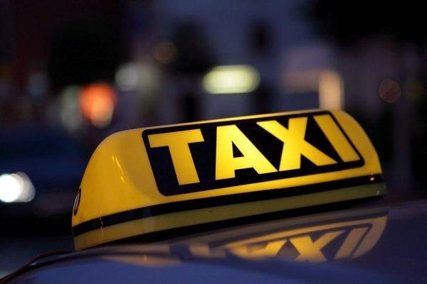 Работая таксистом не разобра…