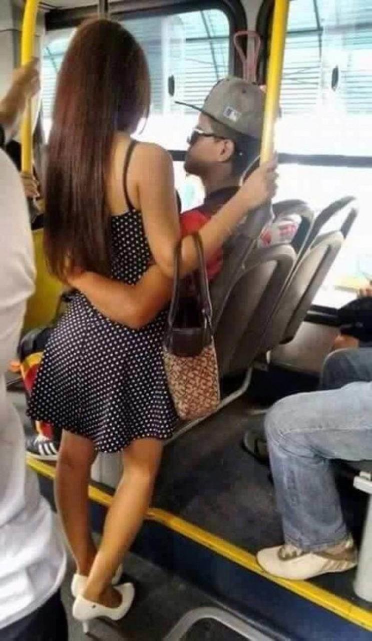 Знакомство в автобусе случайное