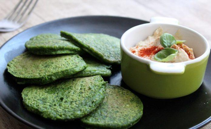 Это рецепт одного французского повара: волшебные оладьи со шпинатом