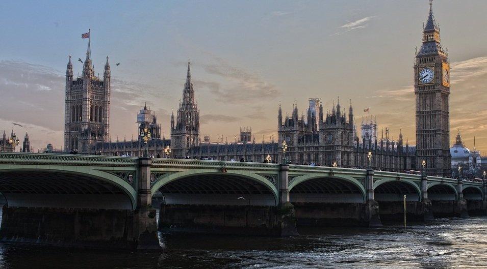 Антироссийская истерика обернулась фиаско для Лондона: посольство РФ ответило британским СМИ