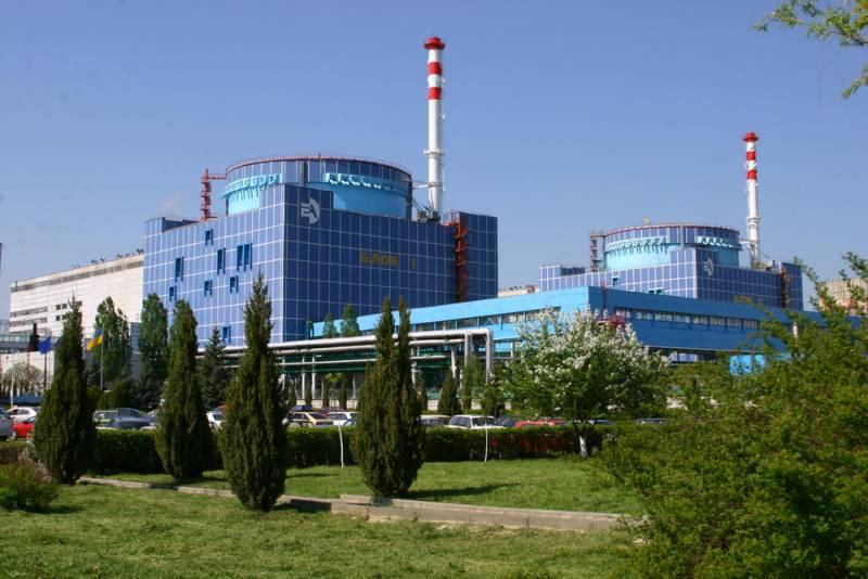 Порошенко заявил, что решил вопрос замены российского ядерного топлива