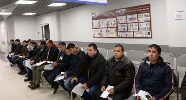 Узбекистан вошел впятерку стран, где чаще получали гражданство России