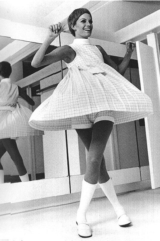 Фото женщин в прозрачном нижнем белье от грунтов мировой моды 7