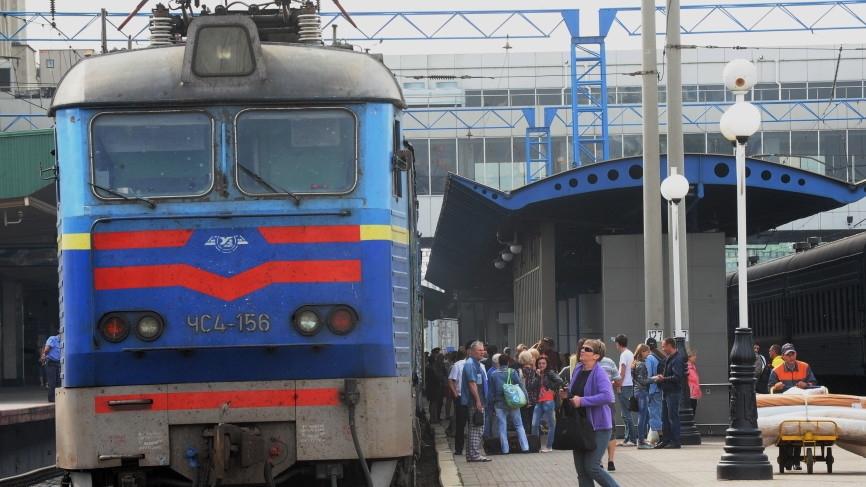 Журналист Гордон пожаловался на плачевное состояние украинских поездов Общество