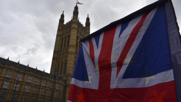 Смешно даже: Истерика Лондона успокоила жителей России