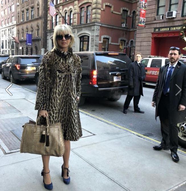 Захарова Маша всех в Н-Йорке краше !