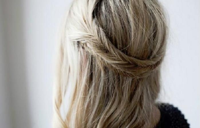 10 простых, но эффектных причёсок для длинных волос