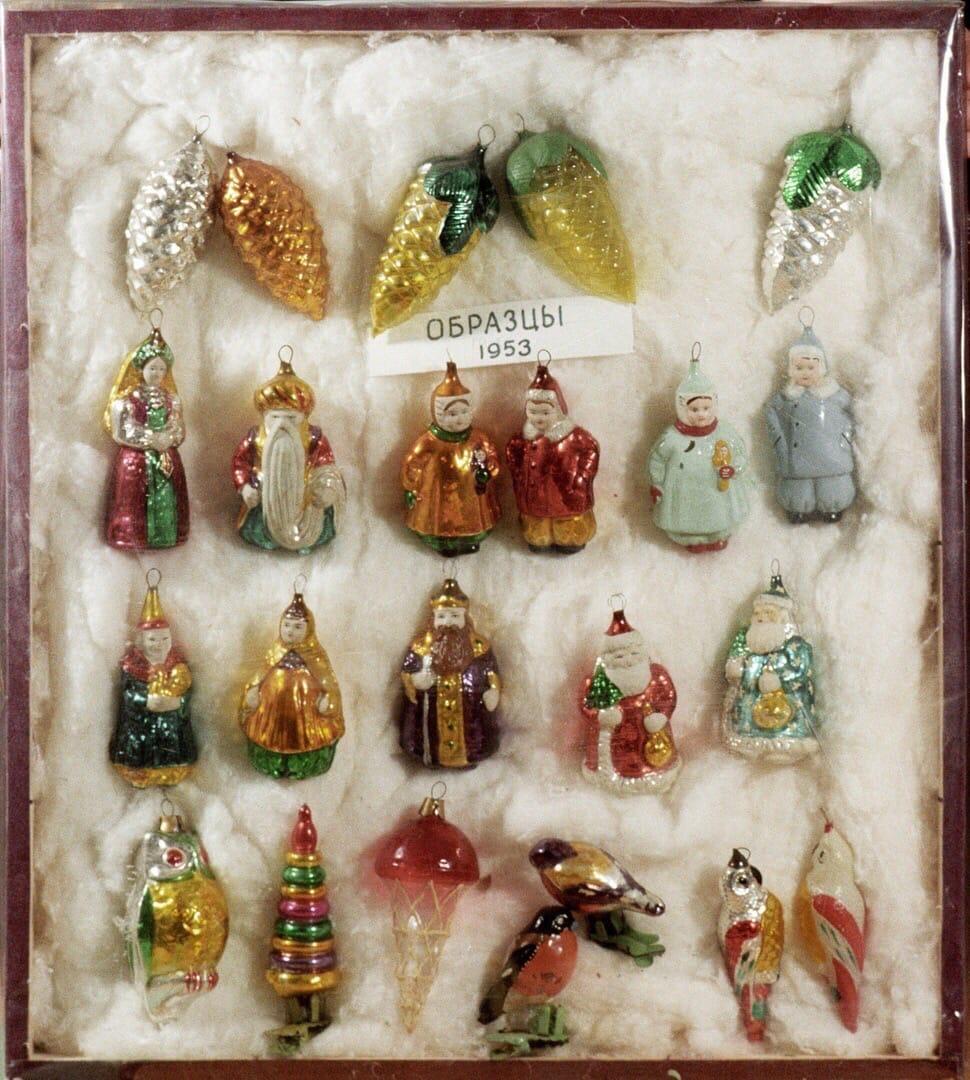 Ёлочные игрушки прямиком из СССР. У вас были такие?
