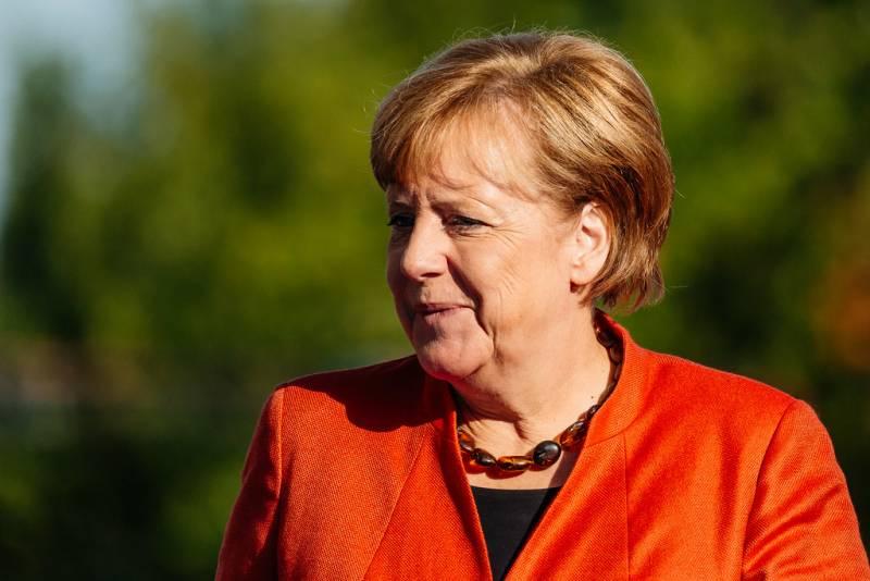 В Польше заявили о предательстве Меркель всей Европы Новости