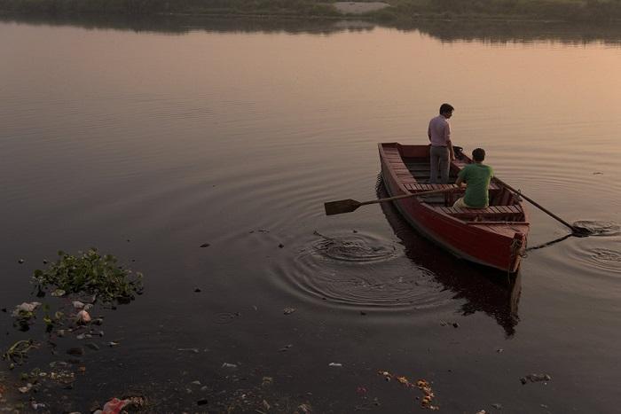 Чистейшая река Индии за сравнительно короткое время превратилась в одну из самых грязных в мире.