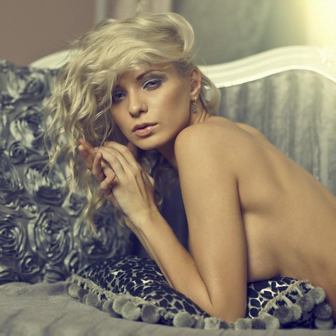 Красота женского тела в будуарной фотографии - 50 примеров - 43